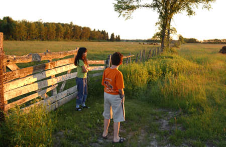 gimli: Children in rural area around Gimli, Manitoba Stock Photo