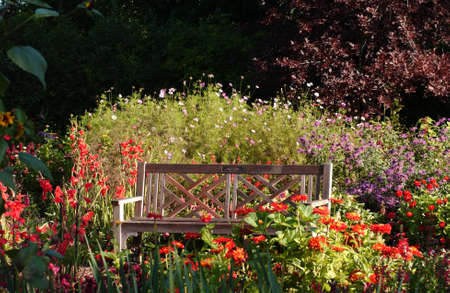 winnipeg: The English Gardens at Assiniboine Park - Leo Mol Sculpture Garden - Winnipeg