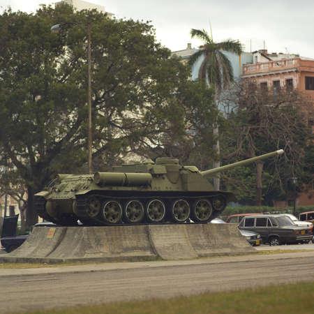 tanque de guerra: Monumento de un tanque de guerra, La Habana, Cuba
