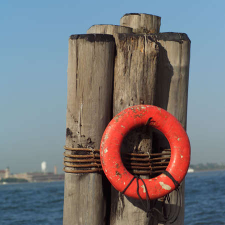 dewey: Rosso Portanegativi vita a posti di Admiral Dewey Promenade, Battery Park, New York City