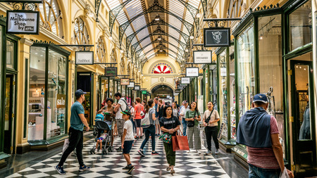 3rd January 2019, Melbourne Australia : Interior view of Royal Arcade full of people people in Melbourne Australia 報道画像