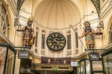 3rd January 2019, Melbourne Australia : Close-up view of Gog and Magog and Gaunts clock at the Royal Arcade in Melbourne Victoria Australia 報道画像