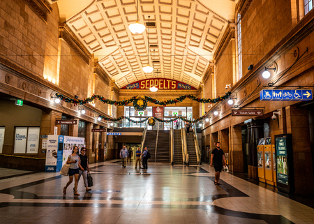 31st December 2018, Adelaide South Australia : Interior view of Adelaide railway station concourse with people in Adelaide SA Australia 報道画像