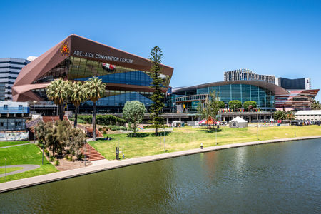 31st December 2018, Adelaide South Australia : Adelaide convention centre on riverbank and Torrens river view in Adelaide SA Australia 報道画像