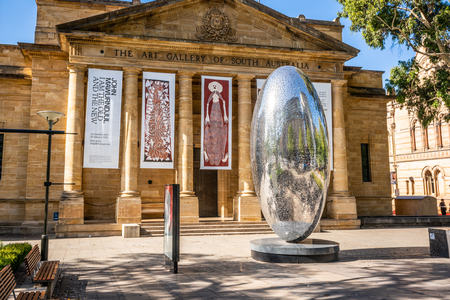30th December 2018, Adelaide South Australia : Facade and main entrance view of the building of the Art Gallery of South Australia AGSA in Adelaide SA Australia 写真素材 - 119558119