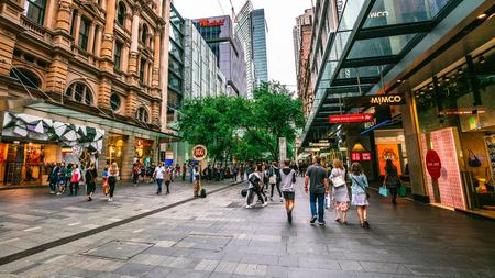 6th January 2019, Sydney NSW Australia : Streetview of Pitt pedestrian street full of people in Sydney Australia 写真素材 - 119558146