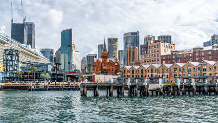 22nd December 2018, Sydney NSW Australia : Sydney the Rocks cityscape with the ASN Co building and Campbell cove jetty in Sydney NSW Australia 報道画像