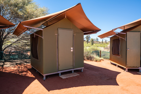 Safari tent in middle of Australian red centre swag campsite in NT outback Australia 版權商用圖片