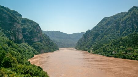 Xiling gorge view the third of the three gorges with Yangtze river in China Stok Fotoğraf