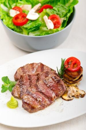 grilled Kobe Miyazaky beef with fresh vegetables Stock Photo - 17846679