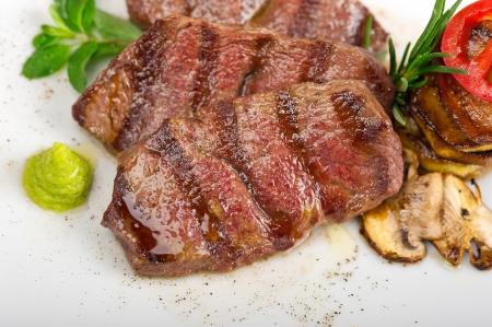 grilled Kobe Miyazaky beef with fresh vegetables Stock Photo - 17846686