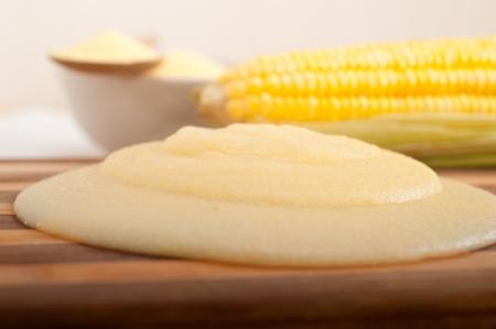 mais: polenta traditional north Italy corn mais flour cream with crop Stock Photo