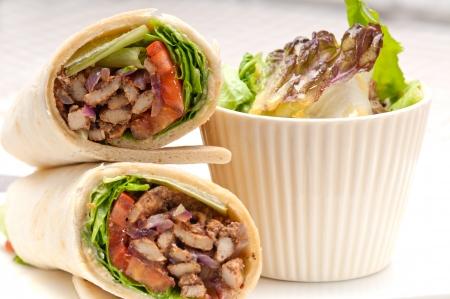 kafta shoarma kip pita wrap sandwich traditionele arabische midden oosten eten