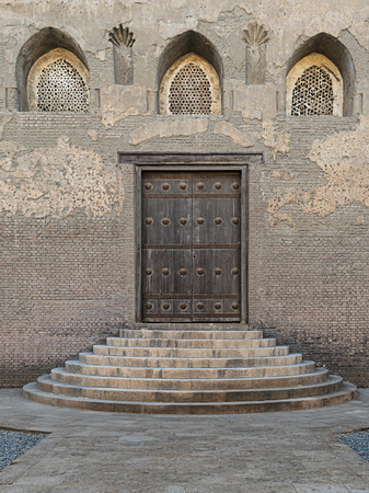 ibn: One of the doors of Ibn Tulun Mosque, the largest mosque in Cairo, Egypt. and may be the oldest mosque in the city with its original form