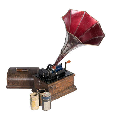 phonograph: A 1911 old phonograph with three cylinder records