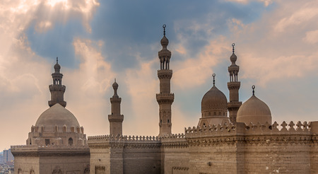 Minarets and domes of Sultan Hasan mosque and Al Rifai Mosque, Old Cairo, Egypt Stock Photo - 127298921
