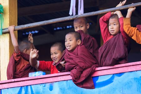 Kalaw highlands, Myanmar, November 20 2018 - Dawn at a childrens buddhist monastry. Children at the age of six generally spent time in a monastry in Myanmar. Éditoriale