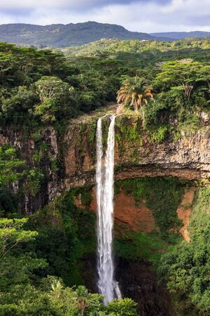 The scenic Alexandra Falls on the African island Mauritius 스톡 콘텐츠