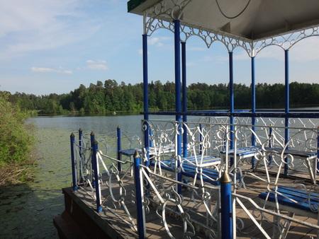 gazebo: Gazebo at the lake