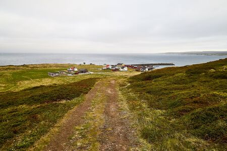 Tundra landscape in the north of Norway or Russia in a summer, autumn or spring day Archivio Fotografico - 137327985