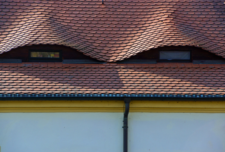 tiled: Tiled roof, small windows