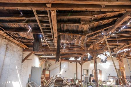 自然災害被害に嵐によって屋根の椅子 写真素材