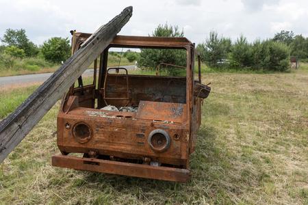 Old rusty little truck leave the roadside