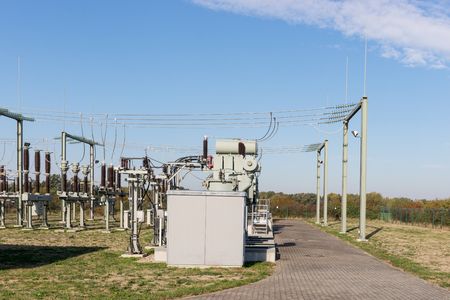 View of the transformer and high voltage distribution station Stockfoto