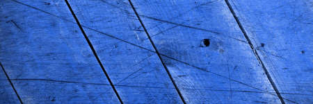 Blue wood vintage panoramic background. Top view of wooden background with cracks 免版税图像