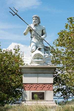 king neptune: A large public statue of King Neptune that welcomes all to Atlantic City Aquarium in New Jersey Editorial