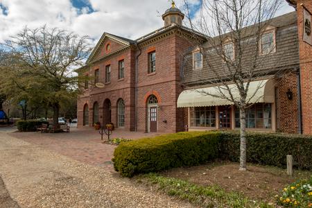 Williamsburg, Virginia - March 26, 2018: Historic houses and buildings in Williamsburg Virginia 報道画像