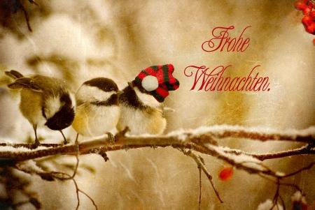 Vintage carte de No�l avec les m�sanges adorables dans la neige avec texte en langue allemande Weihnachten-Frohliche