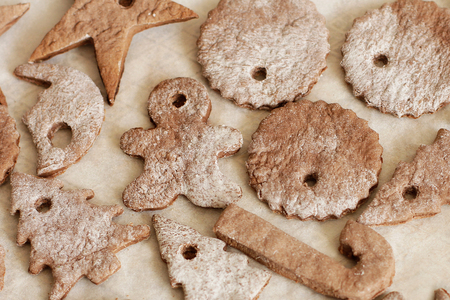 motivos navide�os: Cookies for Christmas sprinkled with powdered sugar