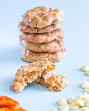White choc and apricot cookies Stock Photo
