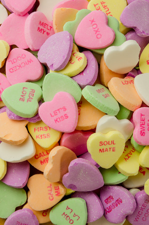 i mate: Multi colored candy with sweet romantic messages