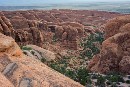 the devils garden: Thin geological formations in rows along the Devils Garden Hike Stock Photo