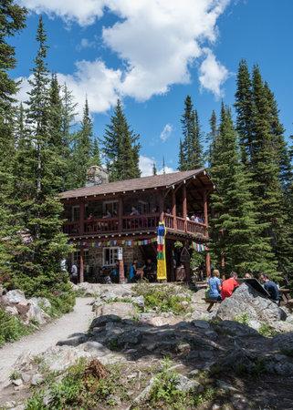 tea house: Plain of the Six Glaciers Tea House on a sunny summer afternoon