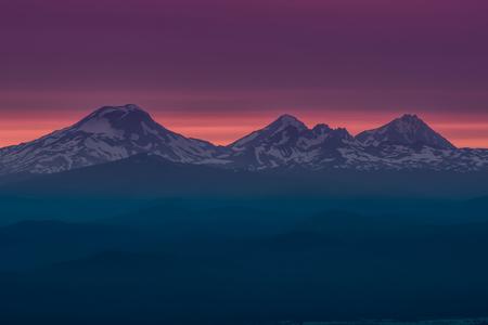 The Three Sisters at Sunset Near Bend, Oregon. Standard-Bild