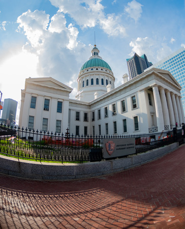 Old Courthouse in Downtown Saint Louis with fisheye lens