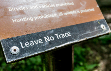 Signs at every access point to the Appalachian Trail off of Skyline Drive remind visitors to be careful with the green space 스톡 콘텐츠 - 115028673