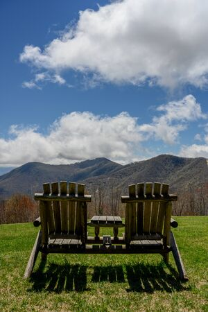 Empty Chairs Overlook Smoky Mountains in early spring Reklamní fotografie