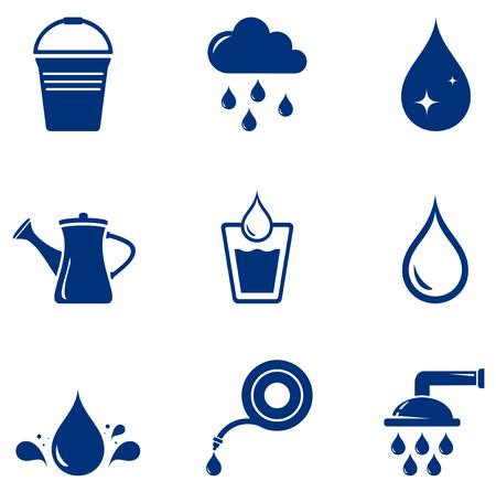 agua potable: establecidos azules aislados iconos de riego en el fondo blanco