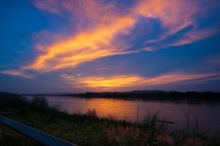 khan: Mekong at Chiang Khan views