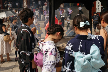 Editorial KAMINARI Temple tourists Tokyo, Japan Editorial