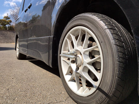 winter tires: Car tire change