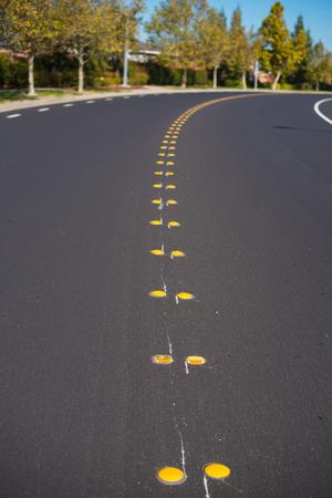 道路黄色センター ライン