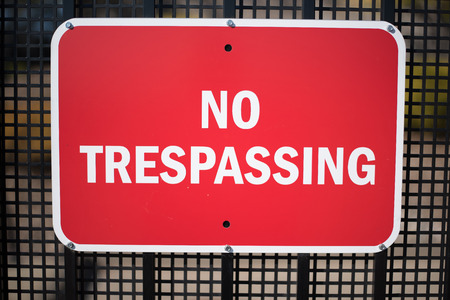 No Trespassing Sign 版權商用圖片