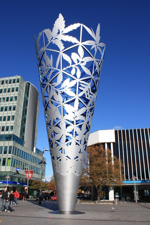 The Chalice sculpture in Christchurch's Cathedral Square, New Zealand. Archivio Fotografico