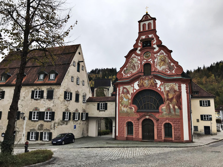 Fussen, Germany - October 28, 2018: Beautiful color painting on the wall of buildings in Fussen, Germany. Éditoriale