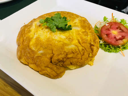 Thai omelet with crab meat. Фото со стока